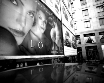lovable-097-2005_672_07